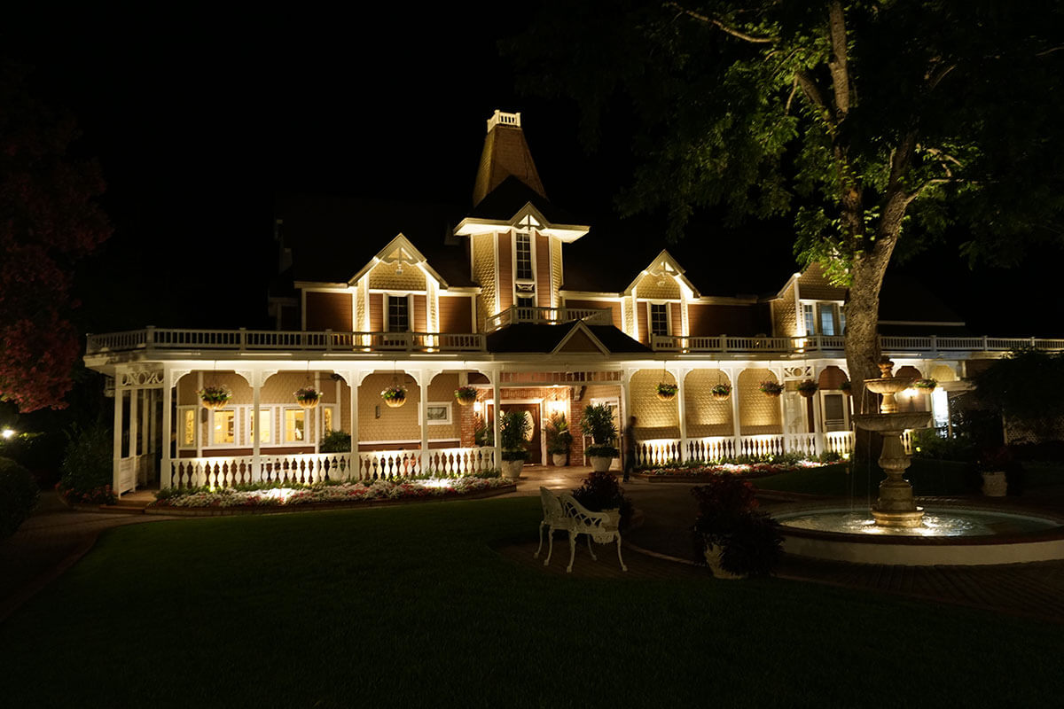 Auroralight Provides Dramatic Lighting Solutions For Grand Tradition
